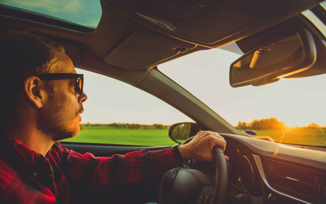 7 things you should never leave in your car